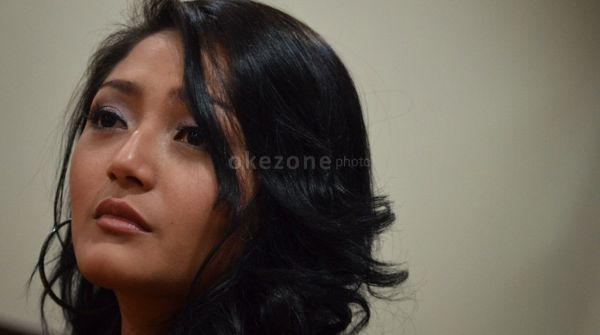 Soal Nikah, Ini Kata Siti Badriah