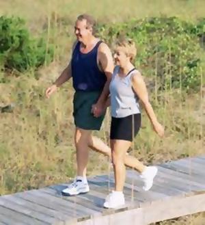 Turunkan Hipertensi Anda dengan Berjalan