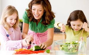 Efek Pola Makan Tidak Sehat Terjadi Sejak Dini