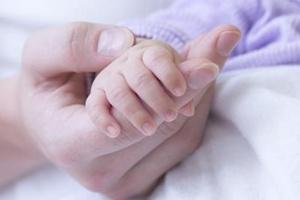 Penyebab Utama Berat Badan Bayi Tak Ideal