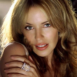 Kylie Minogue Hampir Tewas Tersedak Makan Kerang