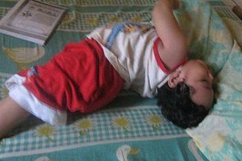 Pertolongan Pertama Saat Penyandang Epilepsi Kejang