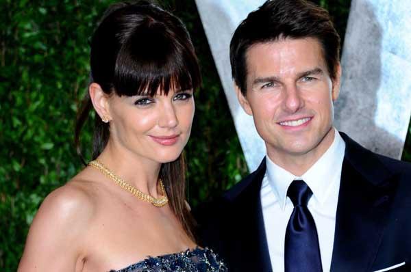 Katie Holmes akan Rayakan Satu Tahun Perceraiannya