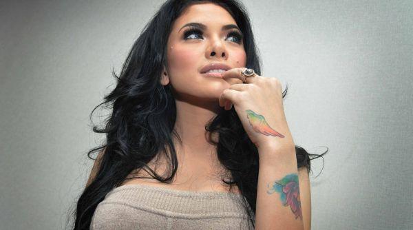 Nikita Mirzani Habiskan Miliaran Rupiah untuk Pernikahannya?