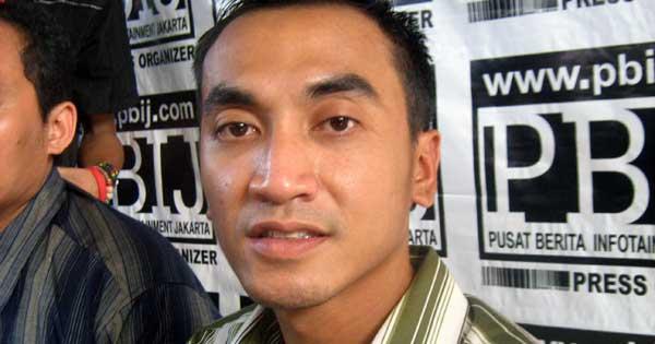 Ramadan, Rico Ceper Ingin Banyak Beramal
