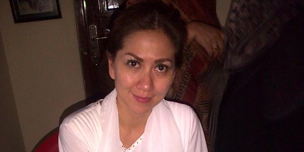 Venna Melinda Susul Anak-anaknya Liburan di Singapura