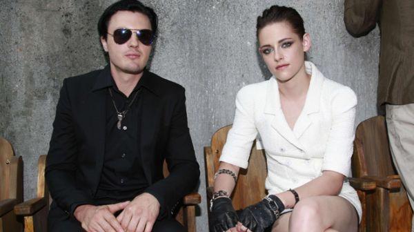 Kristen Stewart Temukan Pengganti Robert Pattinson