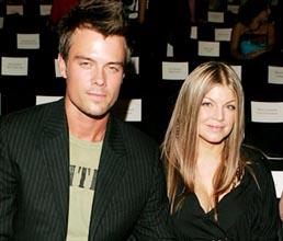 Fergie Ingin Pakai Nama Belakang Suami
