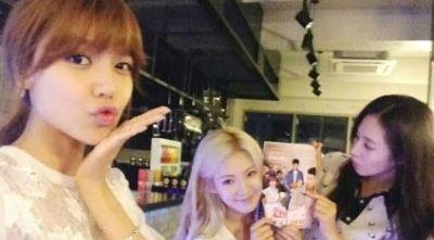 "Yuri & Hyoyeon ""SNSD"" Beri Sooyoung Kejutan"