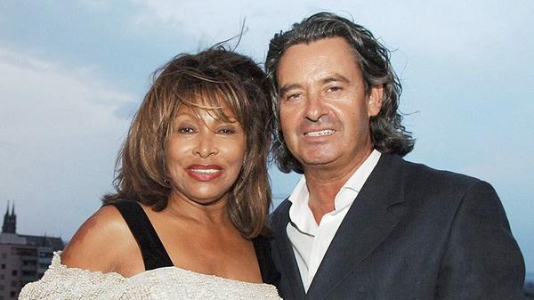 27 Tahun Pacaran, Tina Turner Menikah di Usia 73 Tahun
