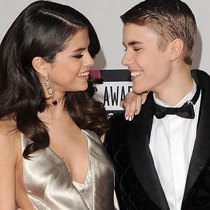 Selena Gomez Stres Putus dari Justin Bieber