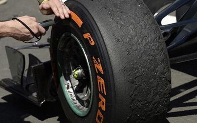 Ban Pirelli (foto: Reuters)