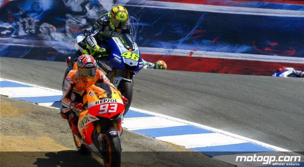 Aksi Marquez saat menyalip Valentino Rossi di Laguna Seca (Foto: MotoGP.Com)