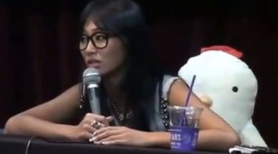 "Tak Senyum, Hyorin ""Sistar"" Dikecam"