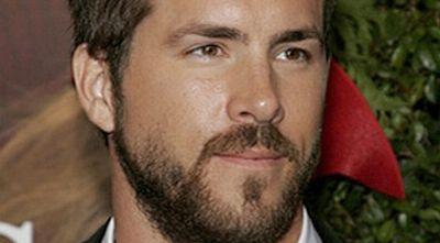 Duh, Ryan Reynolds Fobia Naik Pesawat!