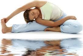 Yoga Bantu Atasi Nyeri Punggung Saat Kerja