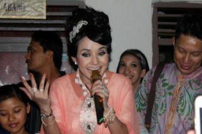 Sering Putus Cinta, Cynthiara Alona Tidak Trauma