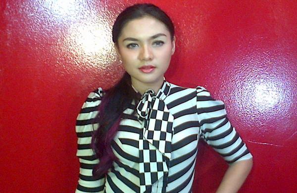 Pemilih, Vicky Shu Sulit Temukan Pasangan