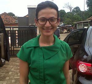 Bernasib Sama, Wanda Hamidah Semangati Janda Dhuafa