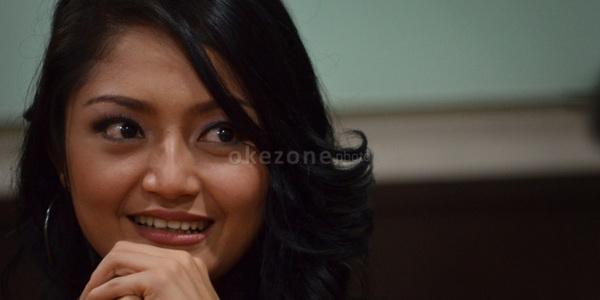 Suka Bentak Orangtua, Siti Badriah Nangis Setiap Lebaran