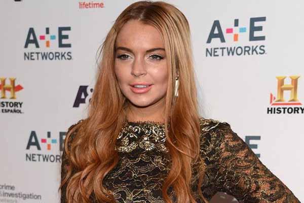 Lindsay Lohan Ejek Kelakuan Kristen Stewart