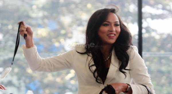 Jenguk Angelina Sondakh, Brotoseno Bawa Opor