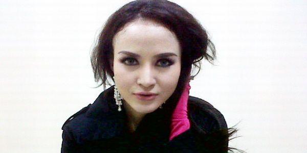 Cynthiara Alona Diminta Cepat Nikah