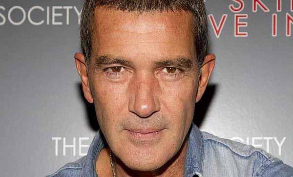 Mel Gibson & Antonio Banderas Resmi Main di Expendables 3