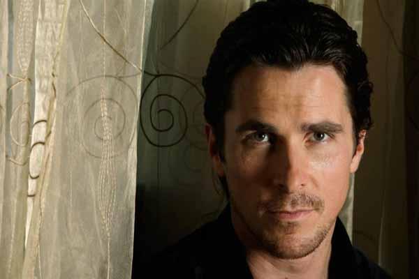 Christian Bale Dibayar Rp514,9 Miliar untuk Perankan Batman?