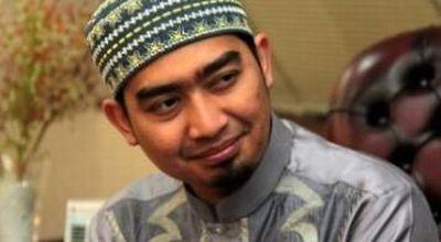 Farhat Abbas Minta Ustadz Solmed Jangan Sok Idealis