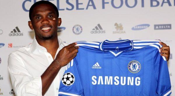 Samuel Eto'o resmi berseragam Chelsea. (Foto: Chelseafc.com)
