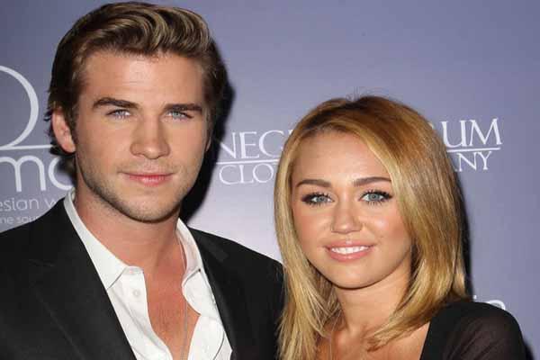 Liam Hemsworth & Miley Cyrus (foto: Wenn)