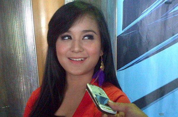 """Annisa & Juwita Bahar Persilakan Siapapun Klaim """"Buka Sitik Joss"""""""