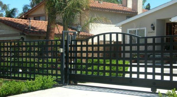 Pagar Rumah Minimalis Stenlis  tips membuat pagar untuk rumah minimalis okezone economy