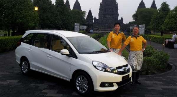 saat ajang Indonesia International Motor Show, September 2013 lalu