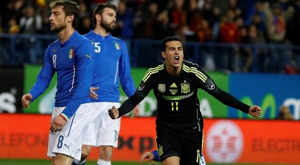 Pedro Eliezer Rodriguez Ledesma (kanan) cetak gol tunggal kemenangan Spanyol atas Italia (Foto: Paul Hanna/REUTERS)