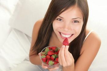 Bebas Penyakit Jantung? Makan Saja Stroberi