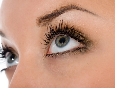 Obat Perbaiki Kerusakan Mata Akibat Degenerasi Makula