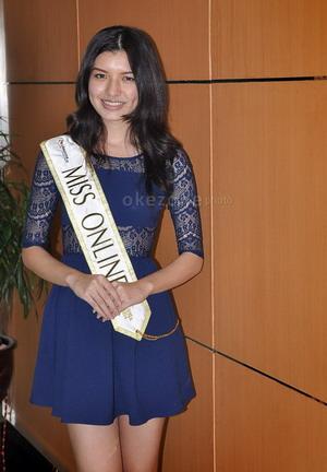 Selalu Fit, Miss Online 2014 Lakukan Ini