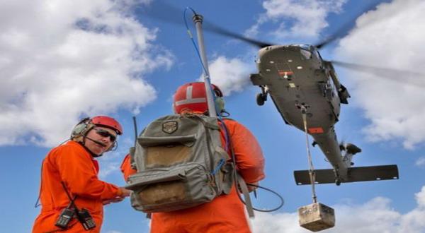 Black Hawk yang dikendalikan remote control (foto: Ubergizmo)