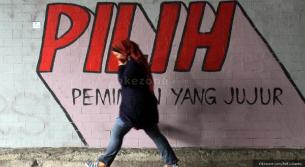 Mural tentang Pemilu 2014 (foto: Arif Julianto)