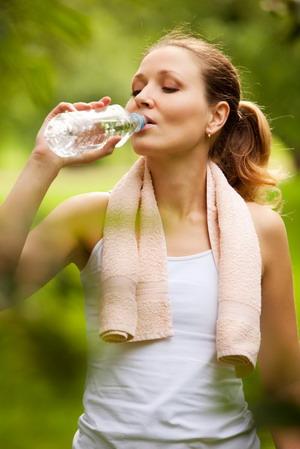 Cegah Dehidrasi, Hindari Saja Minuman Bersoda