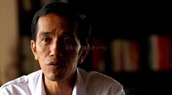 Jokowi Minta Dibisiki