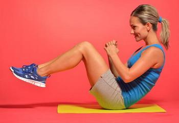 Wanita Berperut Rata Cukup Olahraga 10 Menit Tiap Hari