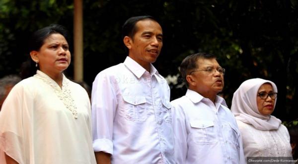 Jokowi-JK saat deklarasi di Gedung Joang (foto: Dede K)