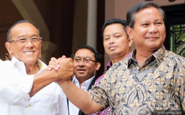 Aburizal Bakrie dan Prabowo Subianto (Foto: Dok. Okezone)