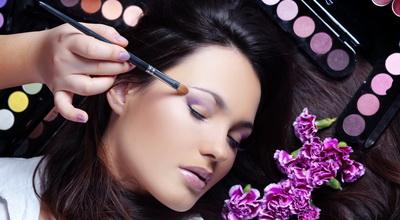 Wanita Harus Pintar Pilih Produk Kecantikan