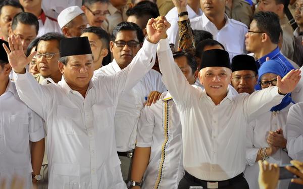 Prabowo Subianto-Hatta Rajasa (Foto: Antara)