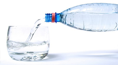 Bukan Hanya Air, Banyak Asupan Cegah Tubuh Dehidrasi