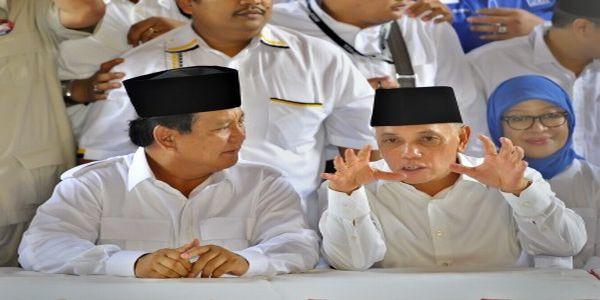 Capres dan cawapres Prabowo Subianto-Hatta Rajasa (Foto: Antara)